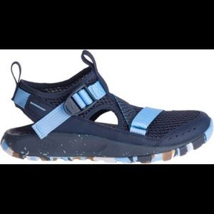 LIKE NEW WOMENS 9 CHACO ODYSSEY BLUE SANDALS